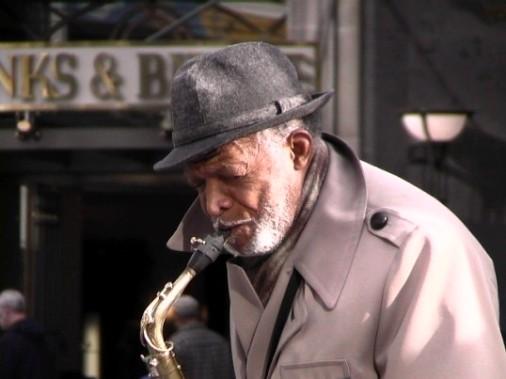 20060412004333-jazzman1.jpg