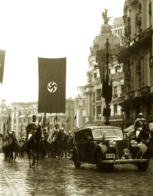 20150907175126-nazisenmadrid-con-la-guardia-mora.jpeg