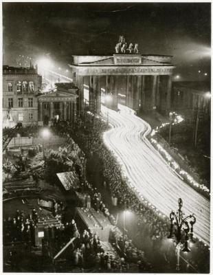 20130222230022-7-desfile-de-antorchas-3-aniversario-30-1-1933.jpg
