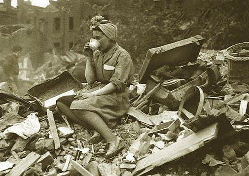20151001000033-mujer-londres-1940.jpg