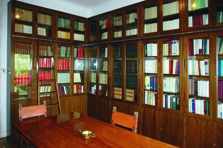 Sala Rafael Lapesa en la Fundación Ramón Menéndez Pidal (foto actual)